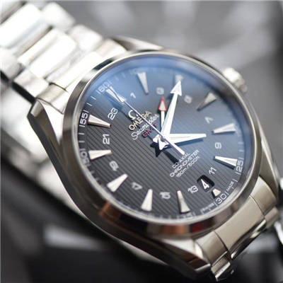 【VS一比一超A高仿手表】欧米茄海马150 米GMT系列231.10.43.22.01.001腕表