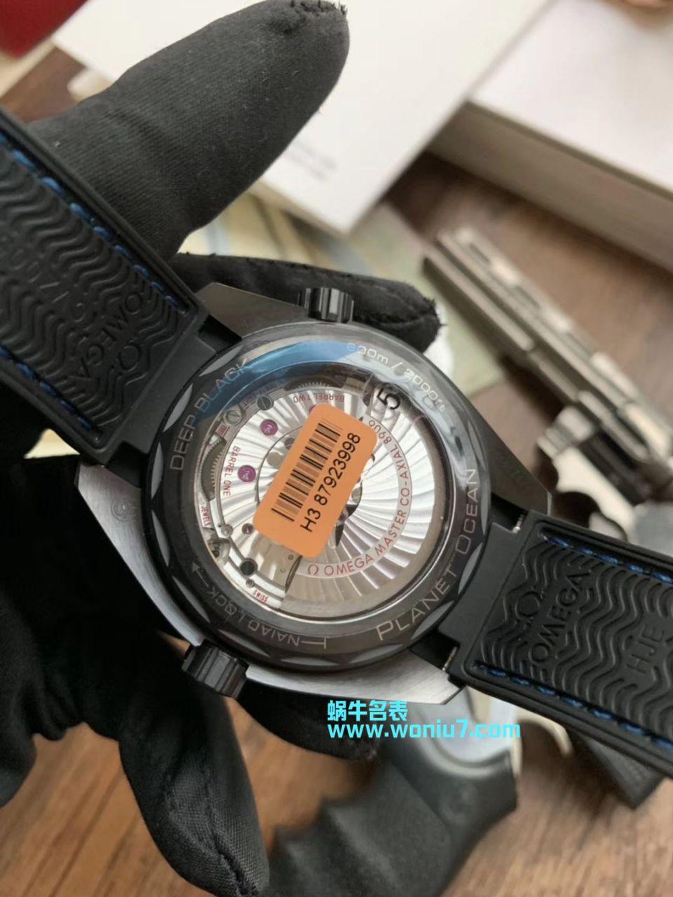 """【VS一比一超A高仿手表】欧米茄全黑陶瓷海洋宇宙600米 """"深海之黑""""215.92.46.22.01.001腕表"""