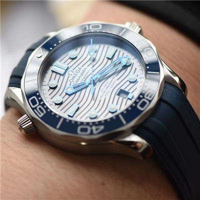 【VS一比一顶级复刻手表】欧米茄海马系列210.32.42.20.06.001腕表