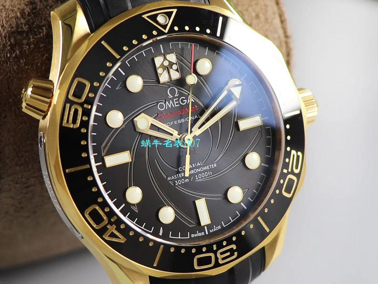 VS厂欧米茄黄金版007詹姆斯邦德女王特使限量版210.62.42.20.01.001腕表