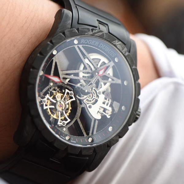BBR厂罗杰杜彼Roger Dubuis王者系列碳纤维陀飞轮顶级高仿手表DBEX0577腕表