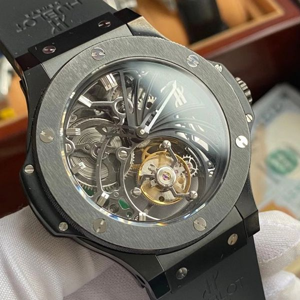 【视频评测顶级复刻手表最靠谱的商家】宇舶大爆炸陀飞轮304.TX.1170.LR 不同版本对比视频