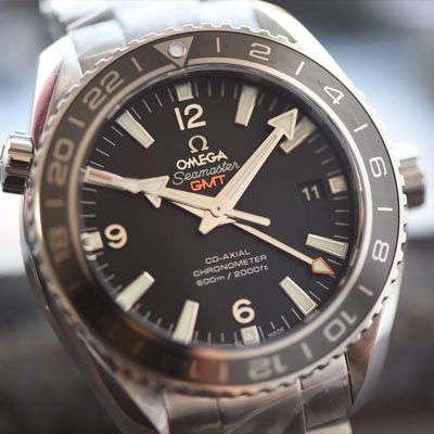 【KW一比一超A高仿手表】欧米茄 海马海洋宇宙600米232.30.44.22.01.001 GMT双时区腕表
